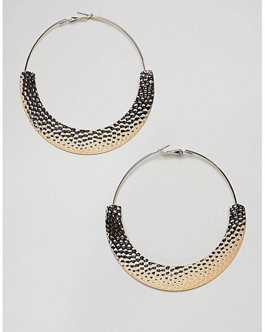 ASOS - Metallic Hoop Earrings With Hammered Detail In Gold - Lyst
