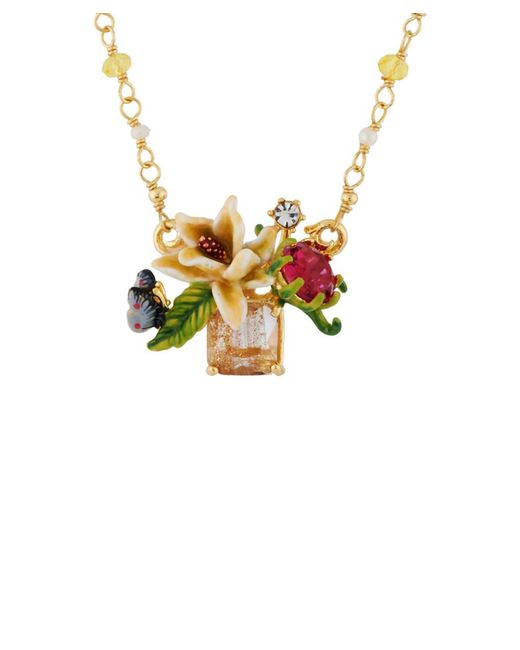 Les Nereides - Pink Balad In Versailles White Flower On Stone With Butterfly And Rhinestone Convertible Necklace - Lyst