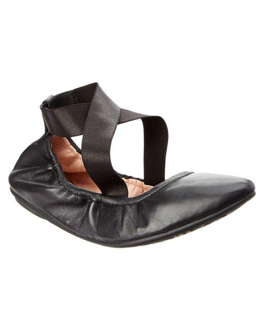 Taryn Rose - Black Edina Leather Flat - Lyst