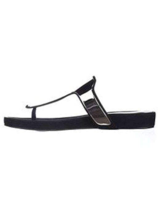BCBGeneration - Triumph T-strap Thong Sandals - Black - Lyst