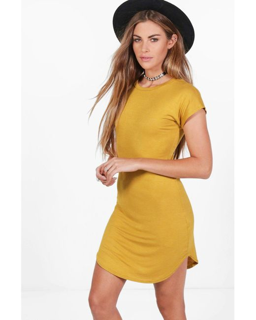 Boohoo | Yellow Taylor Basic Curved Hem T-shirt Dress | Lyst