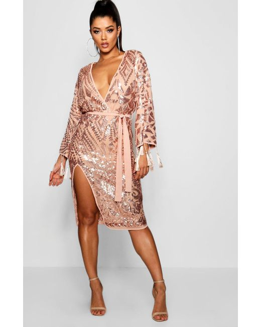 cd3eff3bef36b Boohoo - Metallic Sequin And Tassel Kimono Sleeve Midi Dress - Lyst ...