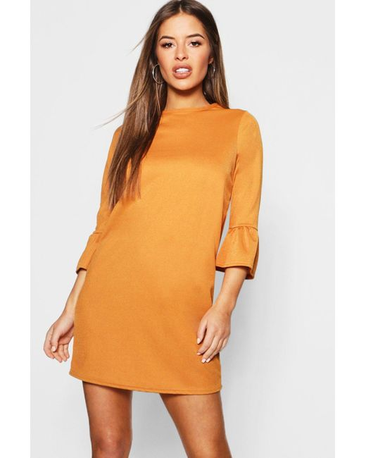 3cc3997bcb55 Boohoo - Orange Petite Ruffle Sleeve Shift Dress - Lyst ...