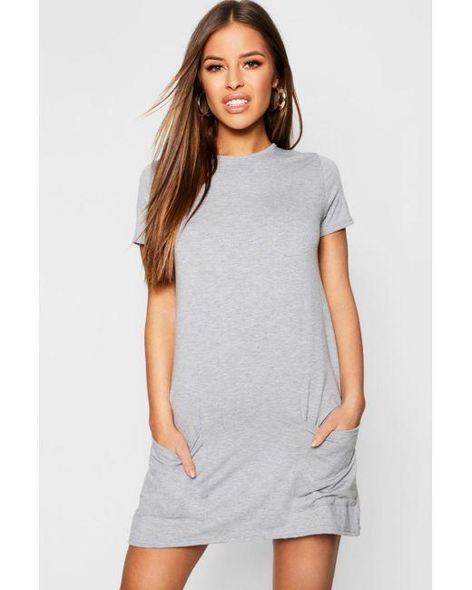 07af2379bfea Boohoo - Gray Petite Pocket Front T-shirt Dress - Lyst ...