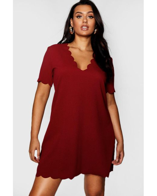 65a23e1946f9 Boohoo - Red Plus Scallop Edge V Neck Shift Dress - Lyst ...