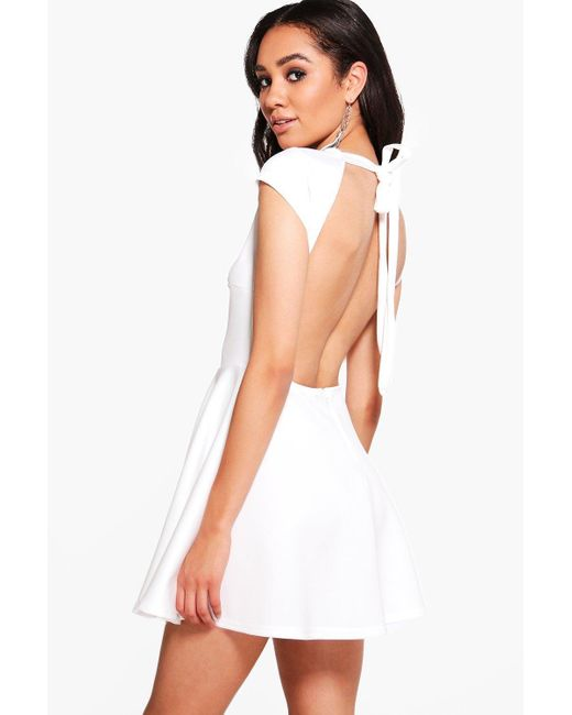Boohoo | White Petite Hailey Scuba Backless Skater Dress | Lyst
