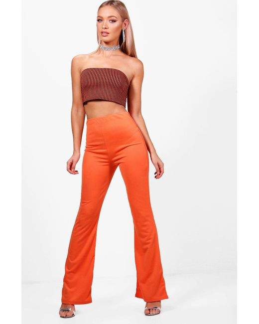 Boohoo - Red Bright Crepe Skinny Flare - Lyst