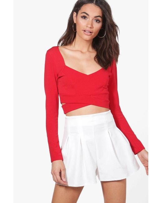10e4e299304e84 Boohoo - Red Long Sleeve Cut Out Crop Top - Lyst ...