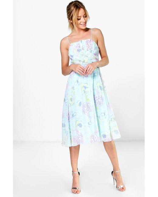 Boohoo | Blue Lorelai Pleated Floral Print Strappy Midi Dress | Lyst