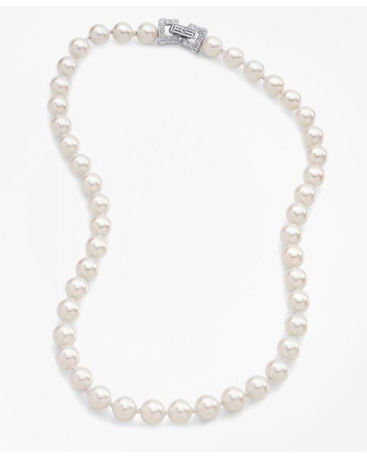 "Brooks Brothers | White 17"" 8mm Glass Pearl Necklace With Deco Clasp 