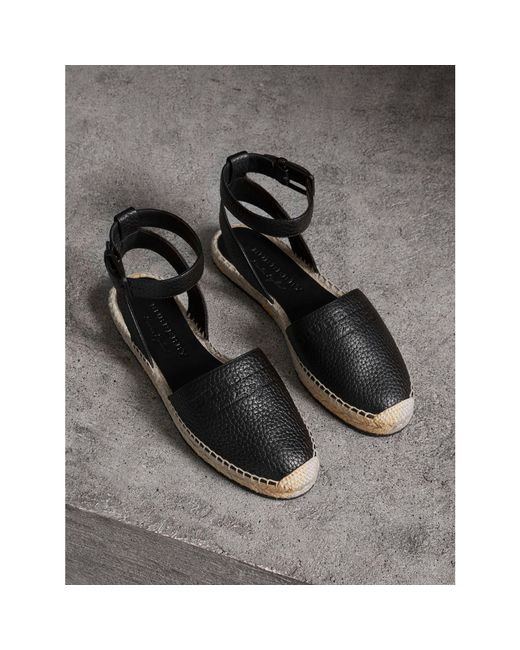 Burberry | Black Embossed Grainy Leather Espadrille Sandals | Lyst