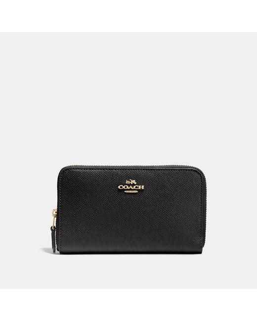 COACH - Black Medium Zip Around Wallet In Crossgrain Leather - Lyst