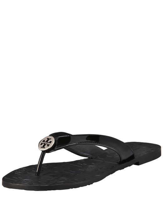 Tory Burch | Black Thora Patent Leather Thong Sandal | Lyst