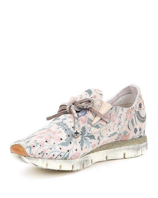 Lunar Floral Print Sneakers SUH7bE
