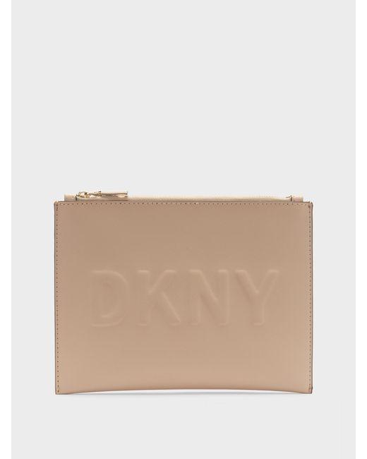 Dkny Poche De Logo En Relief Par Carte De Crédit Prix Pas Cher commercialisable Boutique En Vente Best-seller À Vendre 9neM7ec2y