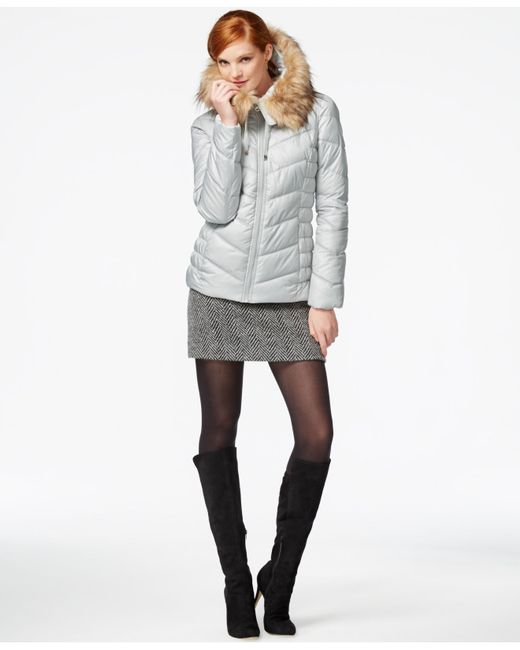 Guess Faux Fur Trim Hooded Puffer Coat In White Pearl Lyst