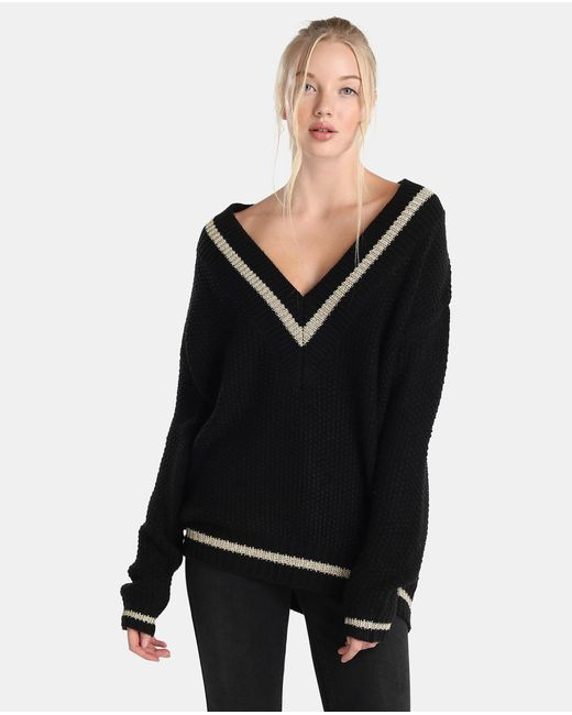 Guess Oversized V-neck Sweater in Black | Lyst