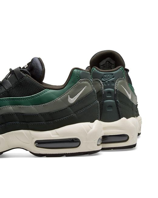 a8029906eae Nike Air Max 95 Essential in Green for Men - Save 43% - Lyst