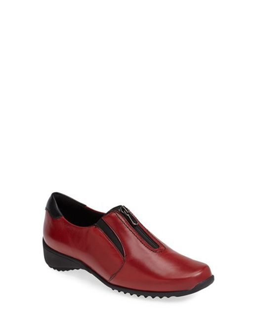 Munro | Red 'Berkley' Sneaker (Women) | Lyst