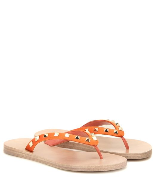 valentino rockstud satin flip flops in orange lyst. Black Bedroom Furniture Sets. Home Design Ideas