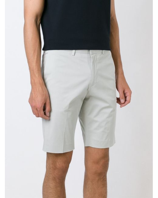 Men's Tailored Shorts Tailored shorts are probably the least commonly-owned pair of shorts on this list but a viable option nonetheless. These are obviously ideal for those of you that need to smarten up at work but can't get away with the chino short option.