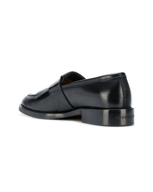 6ed3a65bbd3 Givenchy Classic Fringe Loafers in Black for Men - Save 18% - Lyst