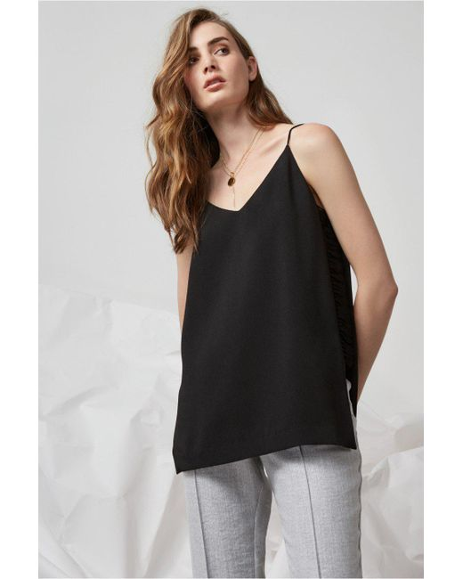 Finders Keepers - Black Under The Sun Cami - Lyst