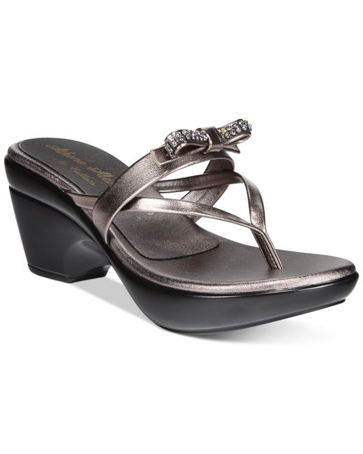 Callisto | Metallic Lassye Platform Wedge Thong Sandals | Lyst