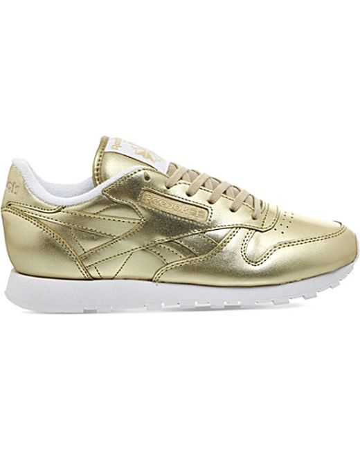 reebok classic leather trainers in metallic l i g h t. Black Bedroom Furniture Sets. Home Design Ideas