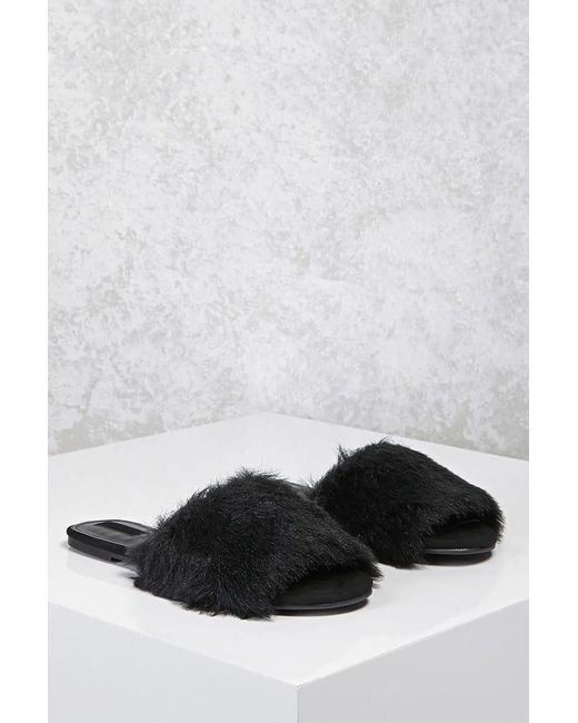 Forever 21 - Black Faux Fur Slide Sandals - Lyst