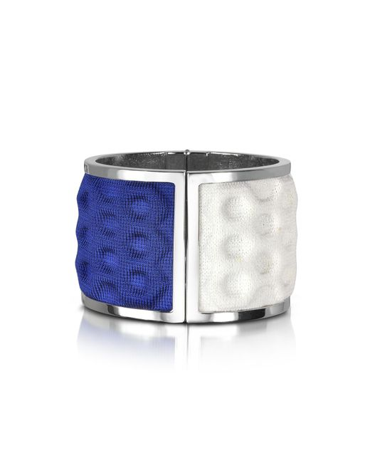 Avril 8790 - Palladium Plated Brass And White And Blue Viscose Bangle - Lyst