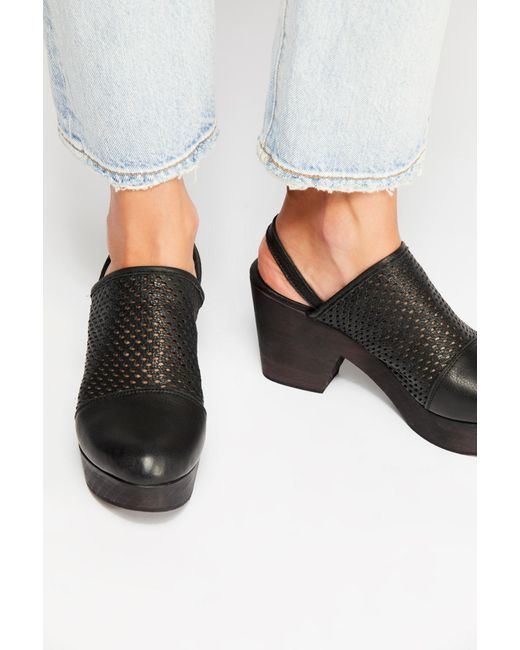 Free People - Black Logan Clog By Fp Collection - Lyst