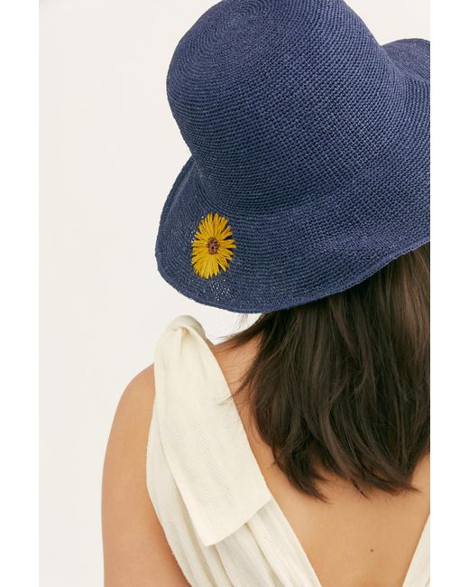 Free People - Blue Daisy Embroidered Straw Bucket Hat - Lyst