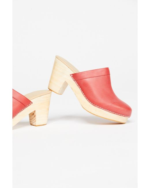 Free People - Red Highland Park Clog - Lyst