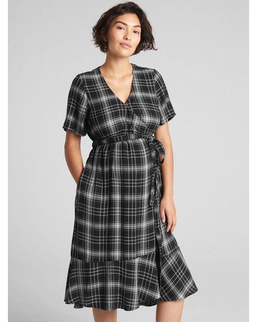 56e0d35c Lyst - Gap Maternity Plaid Midi Wrap Dress in Black