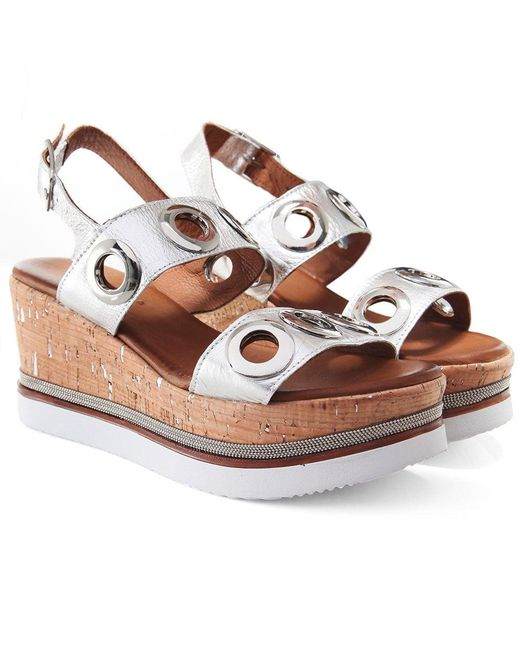 fb0396207834 Inuovo - Metallic Eyelet Double Bar Sandals - Lyst ...
