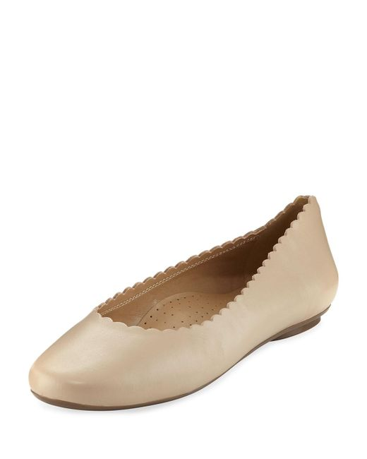 Neiman Marcus - Natural Sekia Smooth Scalloped Flat - Lyst