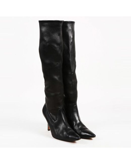 352fe15921151 Manolo Blahnik Black Leather Knee High Pointed Boots in Black - Lyst