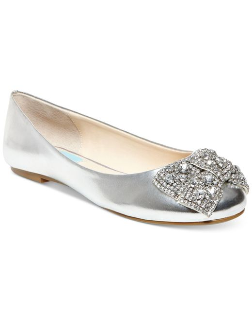 Betsey Johnson | Metallic Ever Bow Ballet Flats | Lyst