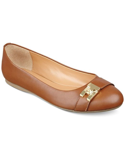 Tommy Hilfiger | Brown Catyan Flats | Lyst