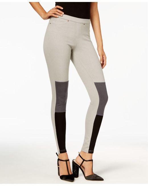 Hue | Gray Women's Colorblocked Denim Leggings | Lyst
