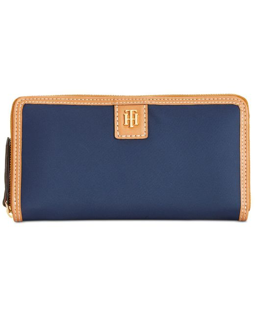 Tommy Hilfiger - Blue Julia Solid Nylon Zip Wallet - Lyst
