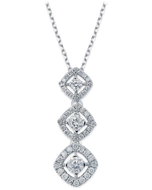 Macy's - Metallic Diamond Graduated Pendant Necklace In 14k White Gold (1/2 Ct. T.w.) - Lyst