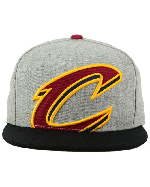 7b363a864b5 ... Mitchell   Ness - Multicolor Cleveland Cavaliers Cropped Heather Snapback  Cap for Men ...