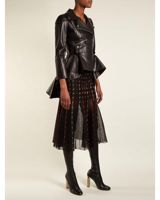 713f6d122e79a9 ... Alexander McQueen - Black Metallic Knit Pleated Midi Skirt - Lyst ...