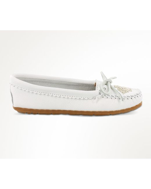 Minnetonka - White Deerskin Beaded Moc - Lyst