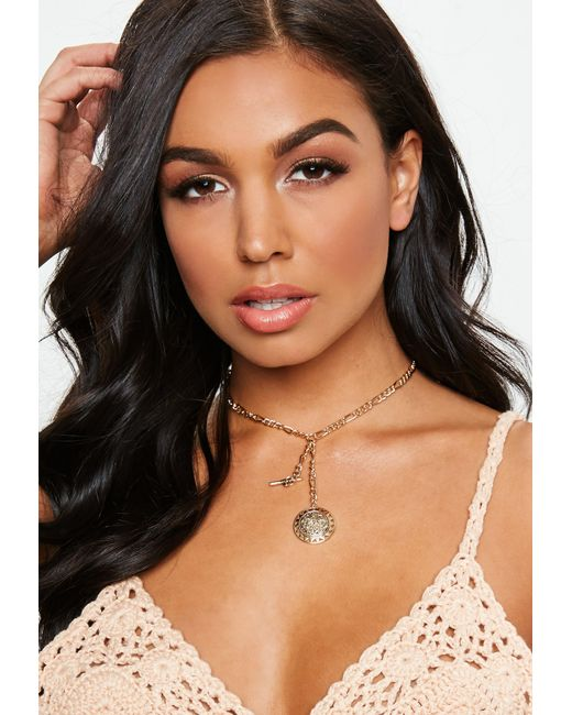 Missguided - Metallic Gold Coin Bar Choker Necklace - Lyst