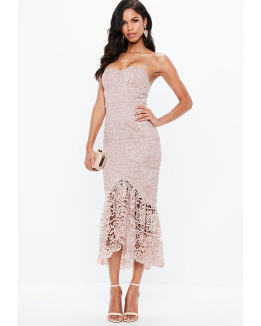 d2aa25b66a0 Missguided Pink Lace Fishtail Maxi Dress in Pink - Lyst