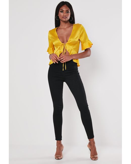 34d3f761535e1d Lyst - Missguided Yellow Satin Tie Front Crop Top in Yellow
