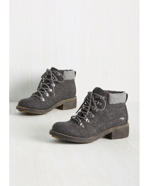 Rocket Dog | Gray The Walking Tread Boot | Lyst